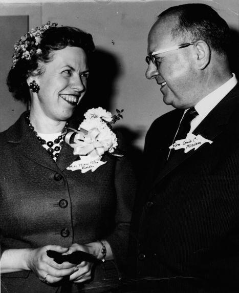 (11920) Mary Ellen Riordan and Detroit Mayor Louis C Miriani