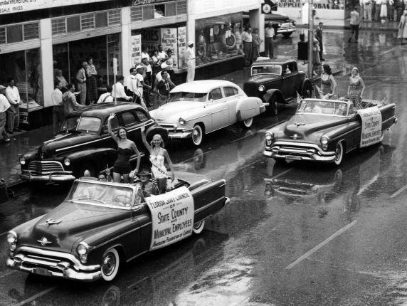 (30458) Florida Labor Day Parade