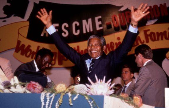 (11992) Mandela at AFSCME Convention