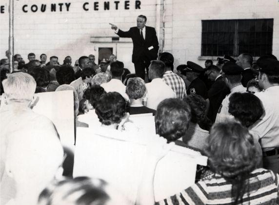 (25544) Romney speaks to picketers
