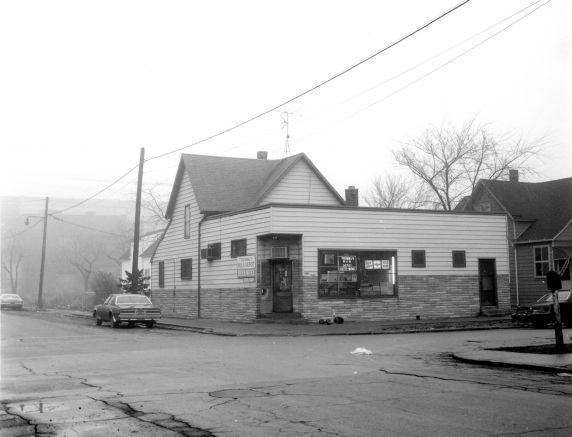 (WSAV002727_003) Poletown, Businesses, 1981