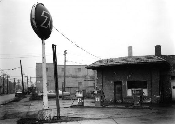 (WSAV002727_014) Poletown, Businesses, 1981