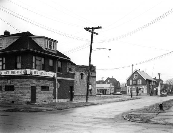 (WSAV002727_023) Poletown, Business District, Street Views, 1981