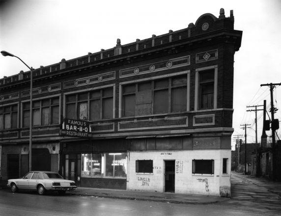(WSAV002727_025) Poletown, Businesses, Famous