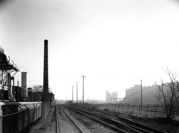 (WSAV002727_033) Poletown, Railroad, Milwaukee Junction, 1981