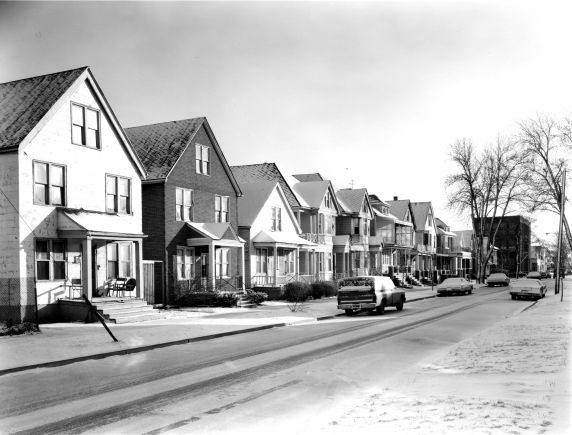 (WSAV002727_041) Poletown, Residential Views, Trombly Street, 1981
