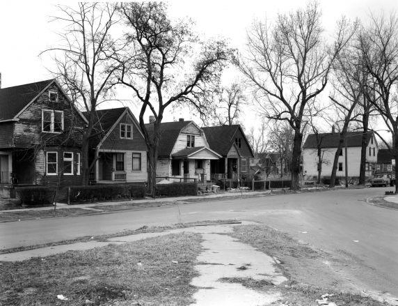 (WSAV002727_044) Poletown, Residential VIews, Finley Street, 1981